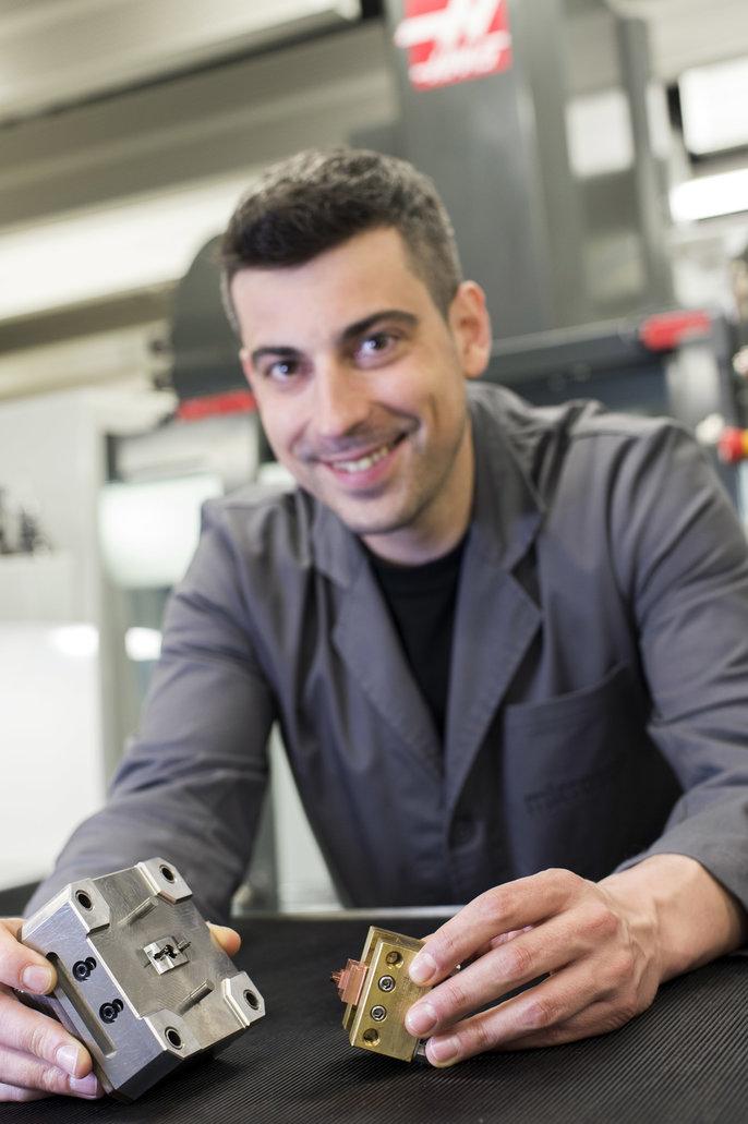Spoločnosť GAES vyrába zákazkové načúvacie pomôcky na fréze Haas VF ... 1ea505cc1e9